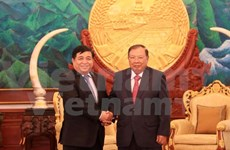 Vietnam espera un comercio más fuerte con Laos