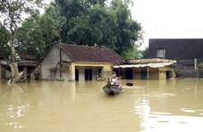 Reciben donaciones provincias vietnamitas afectadas por inundaciones
