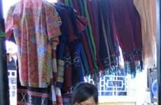 Vietnam reconoce a brocado de minoría patrimonio inmaterial nacional