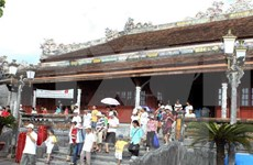 Antigua capital imperial de Vietnam recibe 100 mil turistas durante el Tet