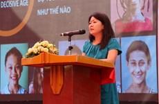 Entregan medalla conmemorativa a vice-representante de UNFPA en Vietnam