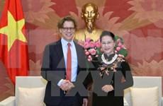 Presidenta del Parlamento de Vietnam destaca relaciones con Suecia y Hungría
