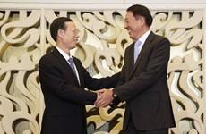 Visita a China de vicepremier singapurense busca profundizar nexos bilaterales