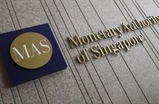 Singapur castiga a funcionarios bancarios relacionados con blanqueo de dinero