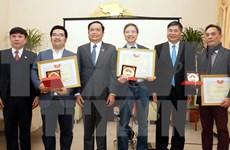 Reiteran apoyo a inversiones de vietnamitas radicados en ultramar