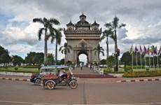 Laos impulsará desarrollo de infraestructura de transporte