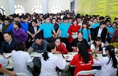 Phu Tho recauda unas mil unidades de sangre durante Festival de Primavera Roja