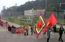 Ceremonia de ofrendas de incienso celebrada en honor de los Reyes Hung