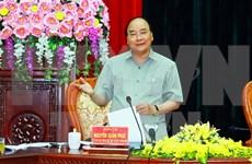 Premier insta a Ninh Binh a convertir al turismo en su motor