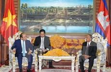 Premier vietnamita continúa agenda de trabajo en Camboya