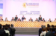 Premier de Vietnam: ASEAN debe mantener el espíritu comunitario