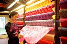 Celebrarán en ciudad vietnamita festival internacional de seda y brocados