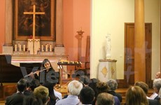 Efectúan en París concierto benéfico a favor de alumnos vietnamitas con situación difícil