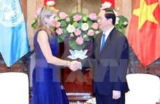 Presidente de Vietnam recibe a Reina Máxima de Países Bajos