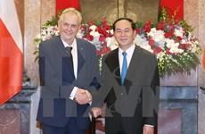 Vietnamitas en República Checa desean mayor cooperación bilateral