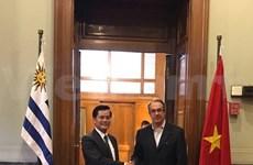 Vietnam y Uruguay fortalecen nexos políticos