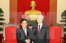 Reitera Laos disposición de acompañar a Vietnam en el robustecimiento de lazos bilaterales