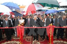 Secretario general de PCV inaugura monumento de amistad Vietnam- Camboya