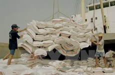 Tailandia planea liquidar toda la cantidad de arroz de reserva en este mes