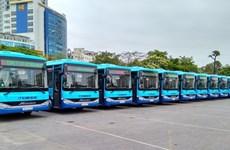 Hanoi abrirá 14 nuevas rutas de autobús en 2017