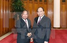 Premier vietnamita exhorta a mayor cooperación con Laos en seguridad pública