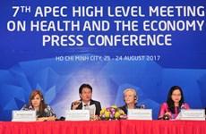 Fructíferos resultados de reunión de alto nivel sobre salud y economía de APEC