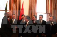 Parlamentos de Vietnam y Sudáfrica intensifican colaboración legislativa