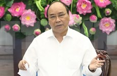 Premier vietnamita insta a mayores esfuerzos en reforma administrativa