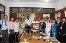 Dirigentes de partidos comunistas indios reciben delegación vietnamita