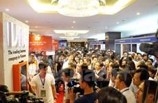 Efectúan cumbre de informática y comunicación de Vietnam