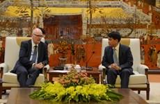 Hanoi adquiere experiencias de Dinamarca en la solución de polución y atascos