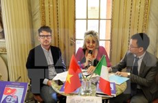 Presentan en Roma libro de autora italiana sobre soberanía de Vietnam en Mar del Este