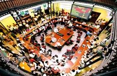 Realizan en Vietnam venta millonaria por desinversión de capital estatal en diferentes empresas