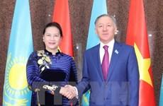 Máxima legisladora de Vietnam dialoga con titular de Cámara Baja de Kazajstán