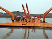 Inauguran puente flotante en la frontera Vietnam-China