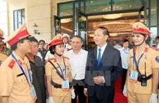 Presidente de Vietnam asiste al ensayo de próximas actividades de APEC 2017