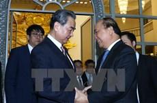 Premier Xuan Phuc: Mantener relaciones Vietnam-China es contribuir a la paz del mundo
