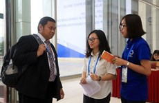 Voluntarios jóvenes de Da Nang trabajan por el éxito de Cumbre del APEC