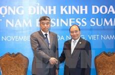 Vietnam reitera respaldo a inversiones de comunidad empresarial mundial