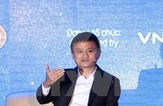 Empresario chino Jack Ma inspira a jóvenes vietnamitas en actividades de emprendimiento