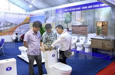 Participan 450 empresas en exhibición de sector de construcción en Hanoi