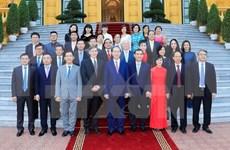 Presidente vietnamita se reúne con patrocinadores del APEC