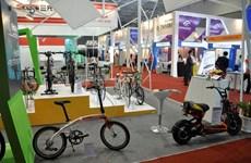 Inauguran en Hanoi Exposición Internacional de bicicletas