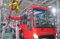 Thaco distribuirá camiones y buses Fuso en Vietnam