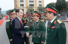 Presidente vietnamita pidió construir una fuerza militar fuerte