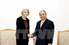 Premier de Vietnam recibe a embajadora de Dinamarca