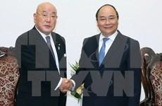 Primer ministro de Vietnam recibe a asesor de Shinzo Abe