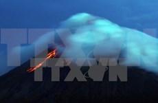 Filipinas eleva el nivel de alerta por actividad de volcán en Albay