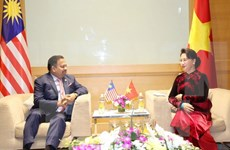 Vietnam y Malasia por fomentar cooperación en foros parlamentarios