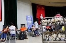 """Vicepremier vietnamita asiste a movimiento de donación de sangre """"Domingo Rojo"""""""